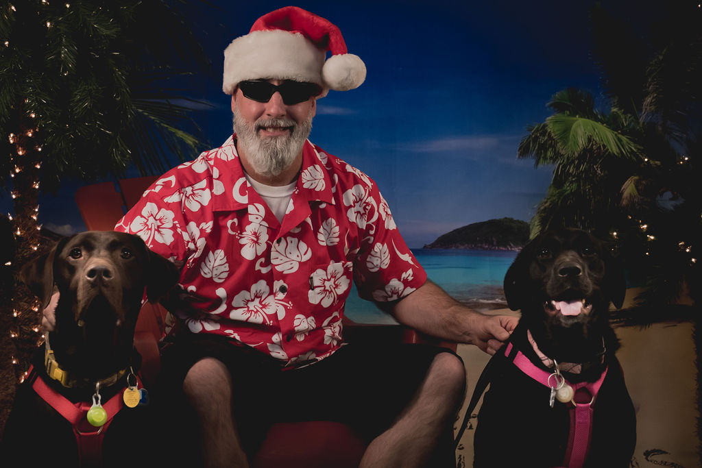 Happy Holidays with a Photo Galley from Puppy Paradis!